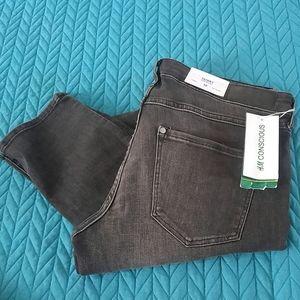 H&M NWT skinny jeans